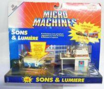 Micro Machines - Galoob - 1989 Set #4 Sons & Lumières (Ambulance & Bâtiment d\'urgence)
