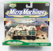 MicroMachines - Hasbro - 2000 Military Char d\'assaut du Desert (Attaque éclair)
