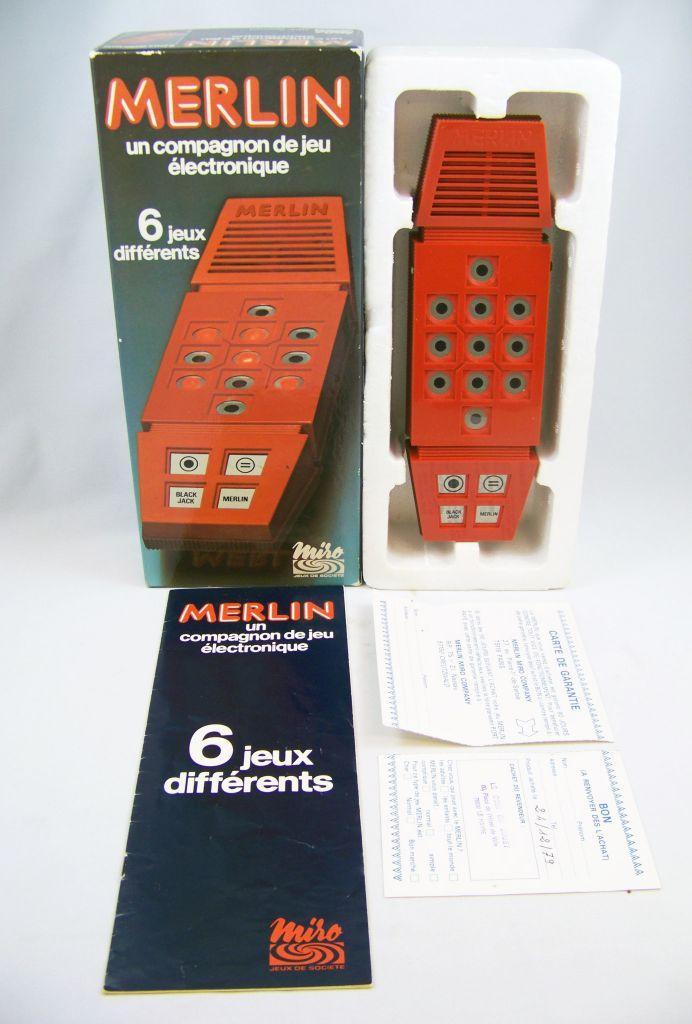 miro___handheld_game___merlin_04