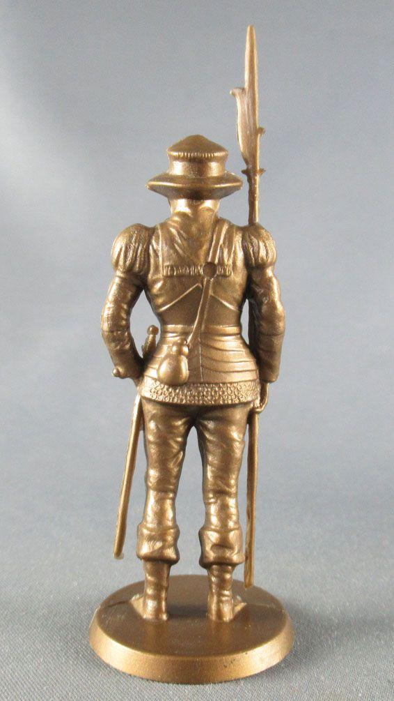Mokarex - Jeu d\'Echecs - Figurine dorée - Guisarmier 1