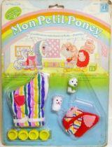 Mon Petit Poney - Hasbro France -  Garde Robe Mascotte de Bébé Poney - Combinaison matelassée et Robe-chasuble