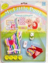 Mon Petit Poney - Hasbro UK -  Garde Robe Mascotte de Bébé Poney - Combinaison matelassée et Robe-chasuble