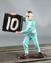 Monogran - Plastic Figure 50 mm - Pit Man with Board for Slot Car Scalextric 1:32