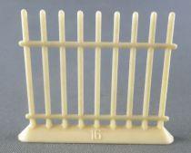 Nadi - The Zoo - N°16 Cage Iron Bars