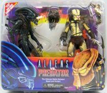 neca___alien_vs_predator_dark_horse_comic_book___big_chap_alien___renegade_predator