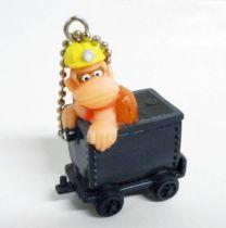 Nintendo Universe - Donkey Kong on trolley - Keychain Plastic Figure