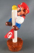Nintendo Universe - Mario Bros. - Figurine McDonald\'s 2014 - Mario Drapeau