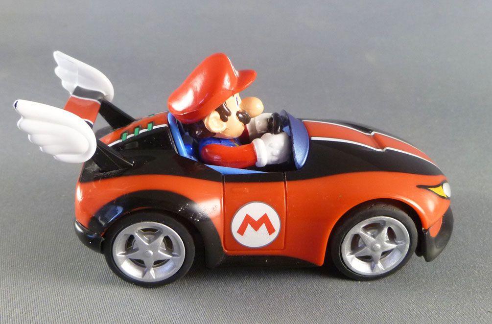 Nintendo Universe - Mario Kart Wii - Pull Speed Wild Wings Mario