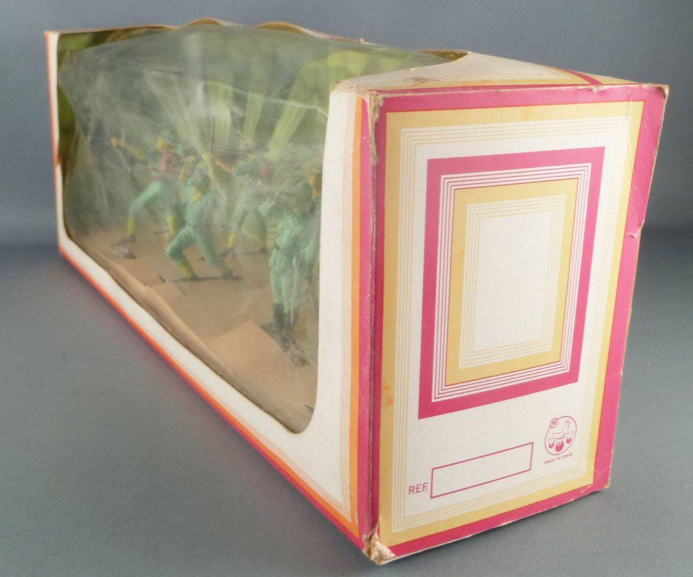 Oliver - WW2 - Boite Diorama 8 Piétons japonais