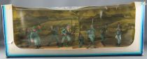 Oliver - WW2 - Diorama box with 8 German Infantry Soldiers Ref 258