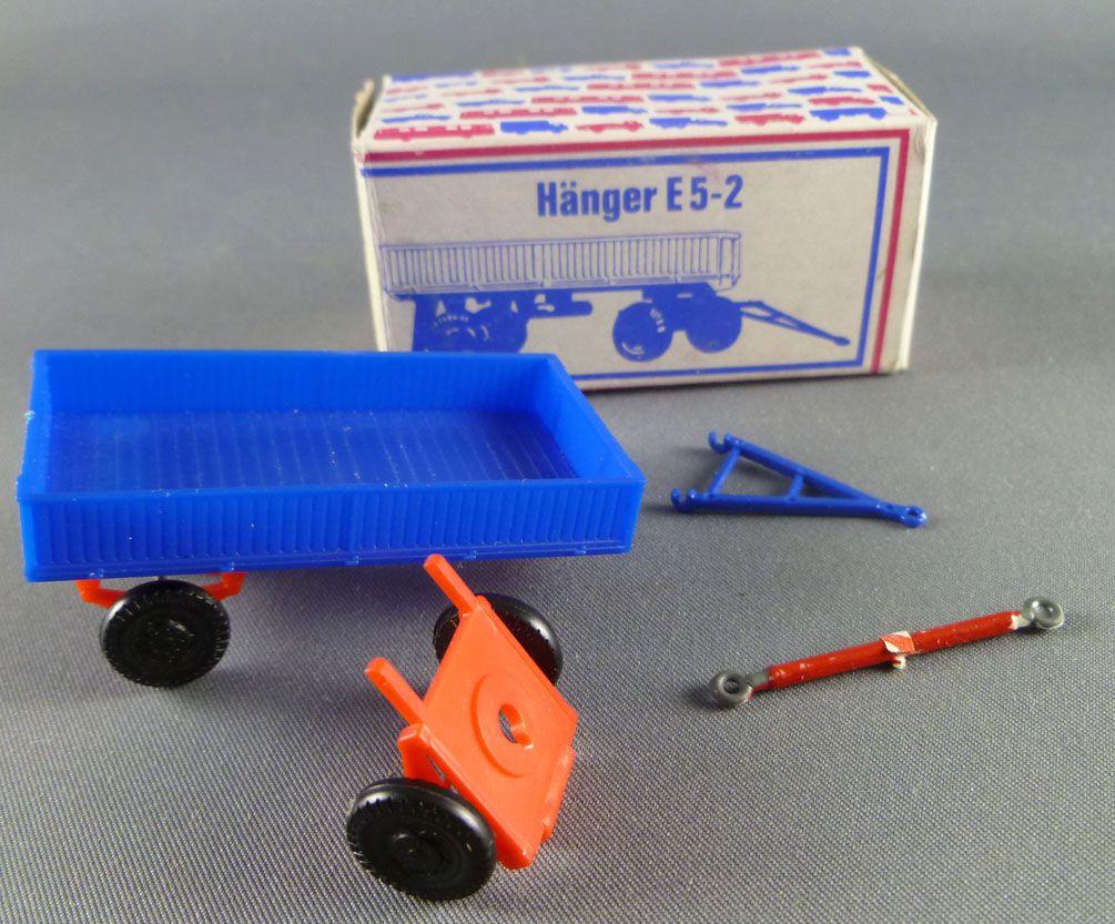 Permot 300 022 Ho 1/87 E5-2 Light Trailer Mint in box