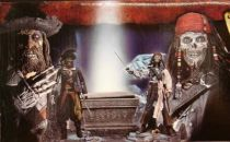 Pirates of the Carribean - The Curse of the Black Pearl Deluxe Set - Cursed Barbossa vs. Cursed Sparrow