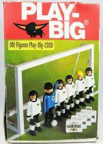 Play-Big 2000 - Ref.5905 Les joueurs de football (Fussball-Set)
