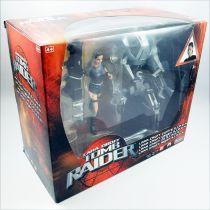 Playmates - Tomb Raider the Movie - Figurine 16cm - Lara Croft vs. S.I.M.O.N.