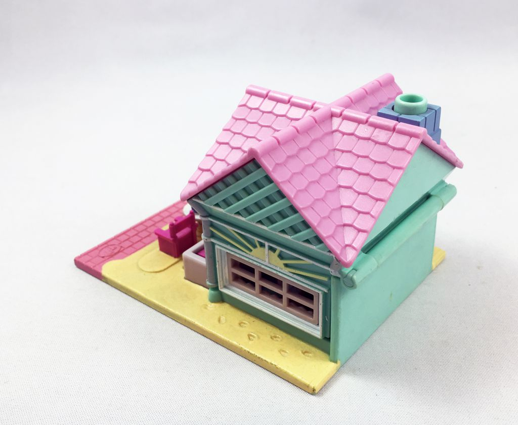 Polly Pocket - Bluebird Toys 1993 - Beach Café (loose)