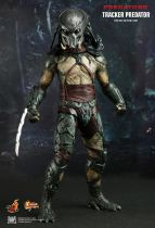 Predators - Tracker Predator With Hound - Figurine 35cm Hot Toys MMS 147