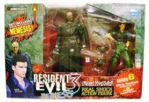 Resident Evil 3 Nemesis Series 6 - Chris Redfield (Code: Veronica Vers.) vs. Tyrant (Resident Evil 2 Vers.) - Moby Dick Toys