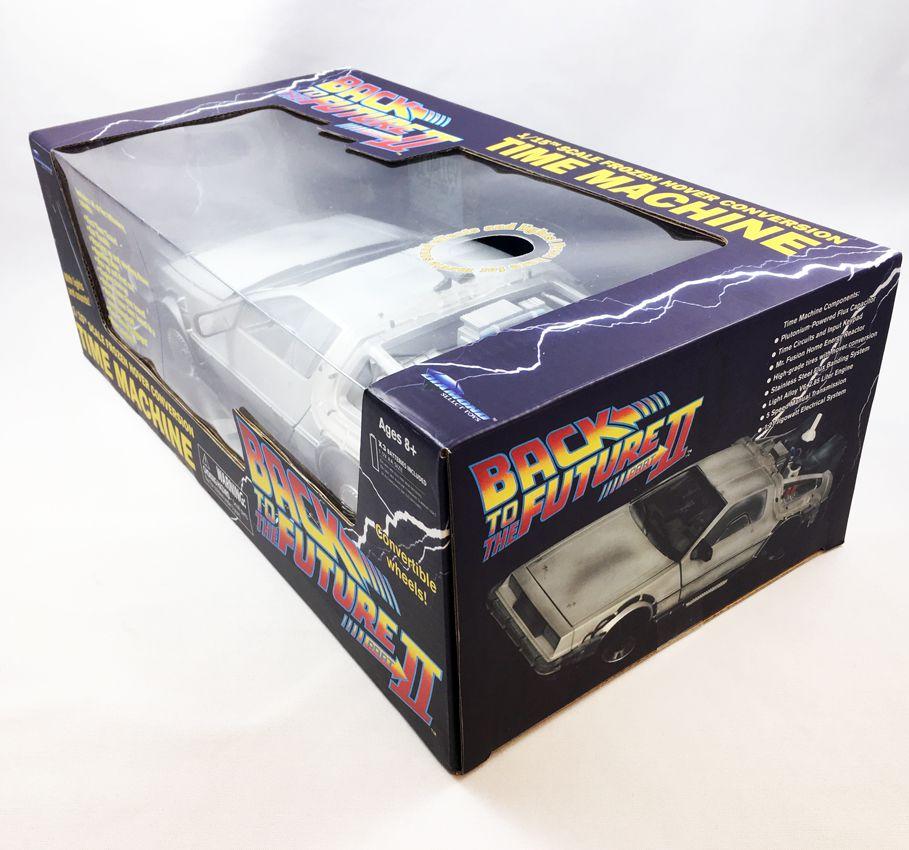 """Retour vers le Futur Part.II - Diamond Select Toys Delorean Time Machine \""""Frozen\"""" 1/15eme (Effets sonores & Lumineux) - Edition"""