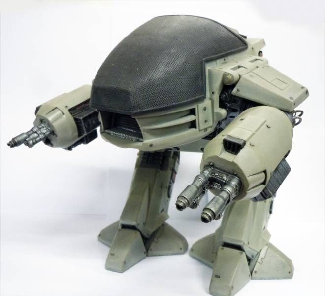 RoboCop - Horizon Model Kit - ED-209