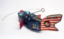 "Robot - Baleine Robot \""Space Whale\"" Mécanique en Tôle - 1957 Yoshiya (Japon)"