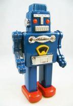 robot___robot_marcheur_mecanique_en_tole___smoking_space_02
