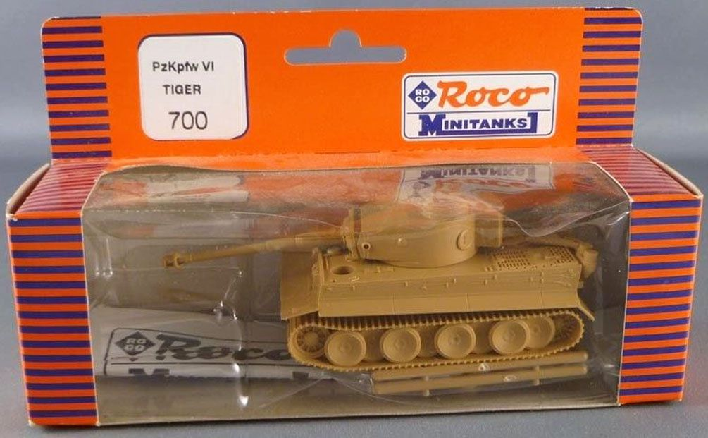 Roco Minitanks 700 Ho German Tank Tigre Pzkpfw VI Sand Livery Mint in box