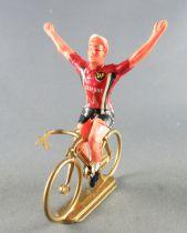Salza - Cyclist (Metal) - Bp Lejeune Team Arms up Removable Tour de France
