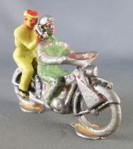 Salza - Motorcycle with Green Pilote & Cameraman Tour de France