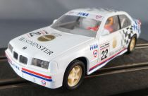 Scalextric C462 - Bmw 318i Blanche Westminster Fina N°22 Eclairage Fonctionne