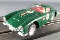 Scalextric C69 - Green Ferrari GT 250 Berlinetta N° 19 with Light