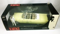 Scarface - Jada Toys - 1963 Cadillac Serie 62 with Tony Montana (Al Pacino) - 1:18° Diecast Collectible