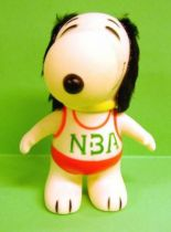 Snoopy - 6inches Vinyl Figure - Snoopy with \'\'NBA\'\' red T-shirt