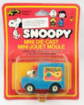 "Snoopy - Hasbro Aviva - Mini Die-Cast \""Fun Van Snoopy\"""