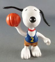 Snoopy - Schleich PVC Figure - Baskerball Player Snoopy