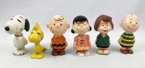 Snoopy & the Peanuts - Schleich 1972 PVC Figures set : Charlie Brown, Lucy, Linus, Peppermint Patty, Woodstock, Snoopy
