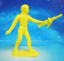 Space Toys - Comansi Plastic Figures - OVNI 2014: Astronaut (yellow)
