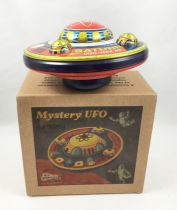 Space Toys - Jouet Mécanique en Tôle - Mystery UFO Saturn (Tin Treasures)