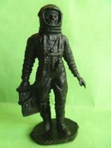 Space Toys - Plastic Figures - Cosmonaut holding technical case (Bonux black color)