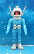 Space Toys - Plastic Figures - Ferrero Spacemen (Light Blue #2)