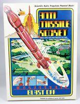 Space Toys - STAR Flight (Timpo Toys) 1977 - Anti Missile Rocket (propulsion à eau)