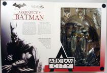 Square Enix - Batman Arkham City - Figurine Play Arts Kai - Batman