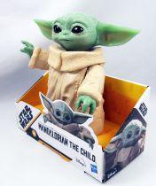 "Star Wars : The Mandolorian - Hasbro - The Child 6\"" figure"