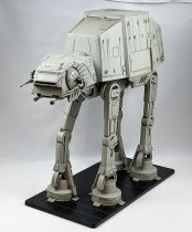 Star Wars - Wizards of the Coast - AT-AT Imperial Walker (Colossal Pack)