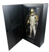 Star Wars (Attack of the Clones) - Clone Trooper Commander - 12\'\' Figure Medicom Toys
