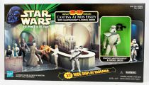 Star Wars (The Power of the Force) - Hasbro - Cantina at Mos Eisley with Sandtrooper & Patrol Droid (Display 3-D Diorama)