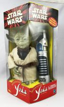 Star Wars Episode 1 - Hasbro/Tiger Electronics - Interactive Yoda and Lightsaber