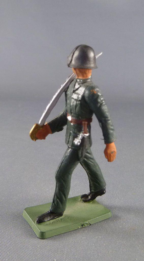 Starlux - Armée Helvétique - Piéton Suisse défilant sabre (réf AH106)