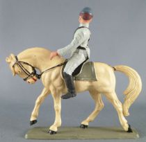 Starlux - Confederates - Series regular - Mounted Trooper looking right white horse (ref CSXX)