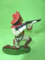 Starlux - Cow-Boys - Série 53 Buffalo Bill - Piéton Tireur fusil genoux (réf 282)