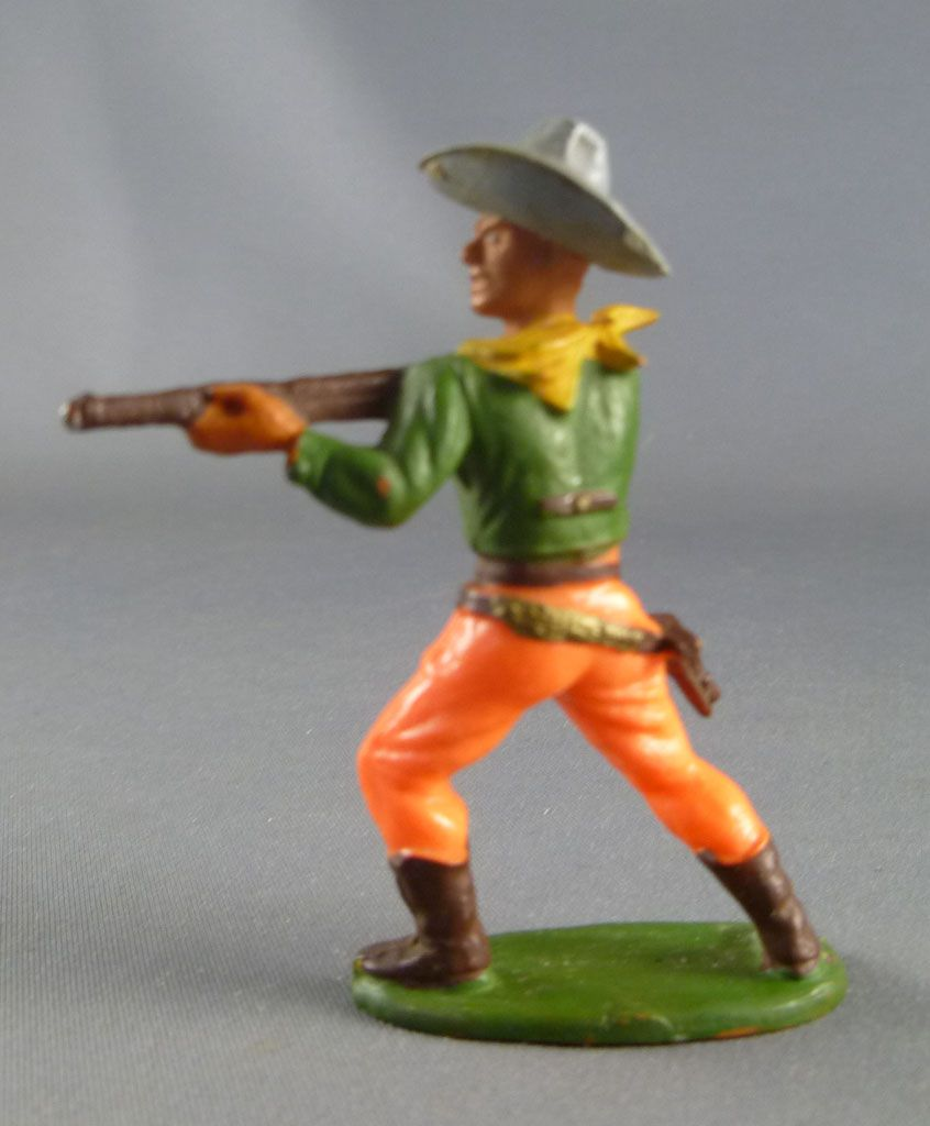 Starlux - Cow-Boys - Série 55/56 Luxe (Chapeau Collé) - Piéton Tireur fusil debout (vert & orange) (réf C 2121)